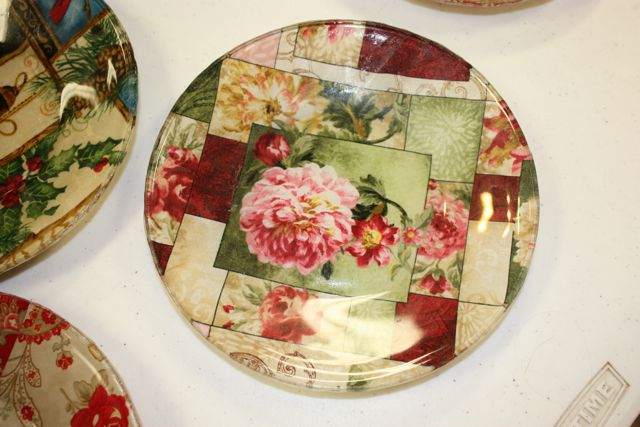 Name:  Decoupage Plate #1.jpg Views: 3274 Size:  54.8 KB