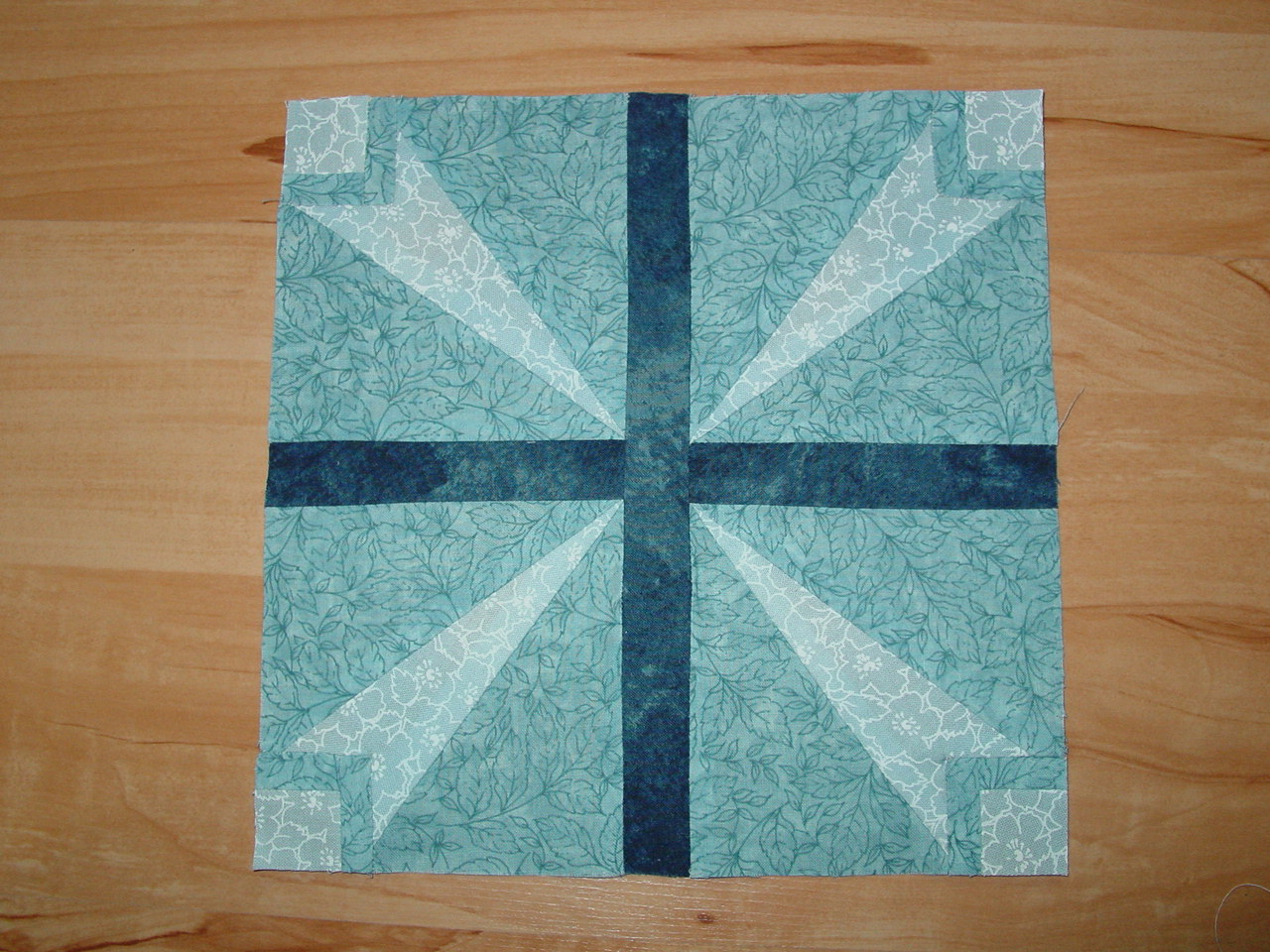 Name:  eastertide quilt.JPG
