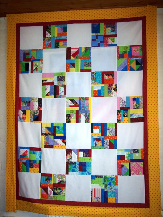 Name:  Scrapquilt De Marke (570 x 760).jpg