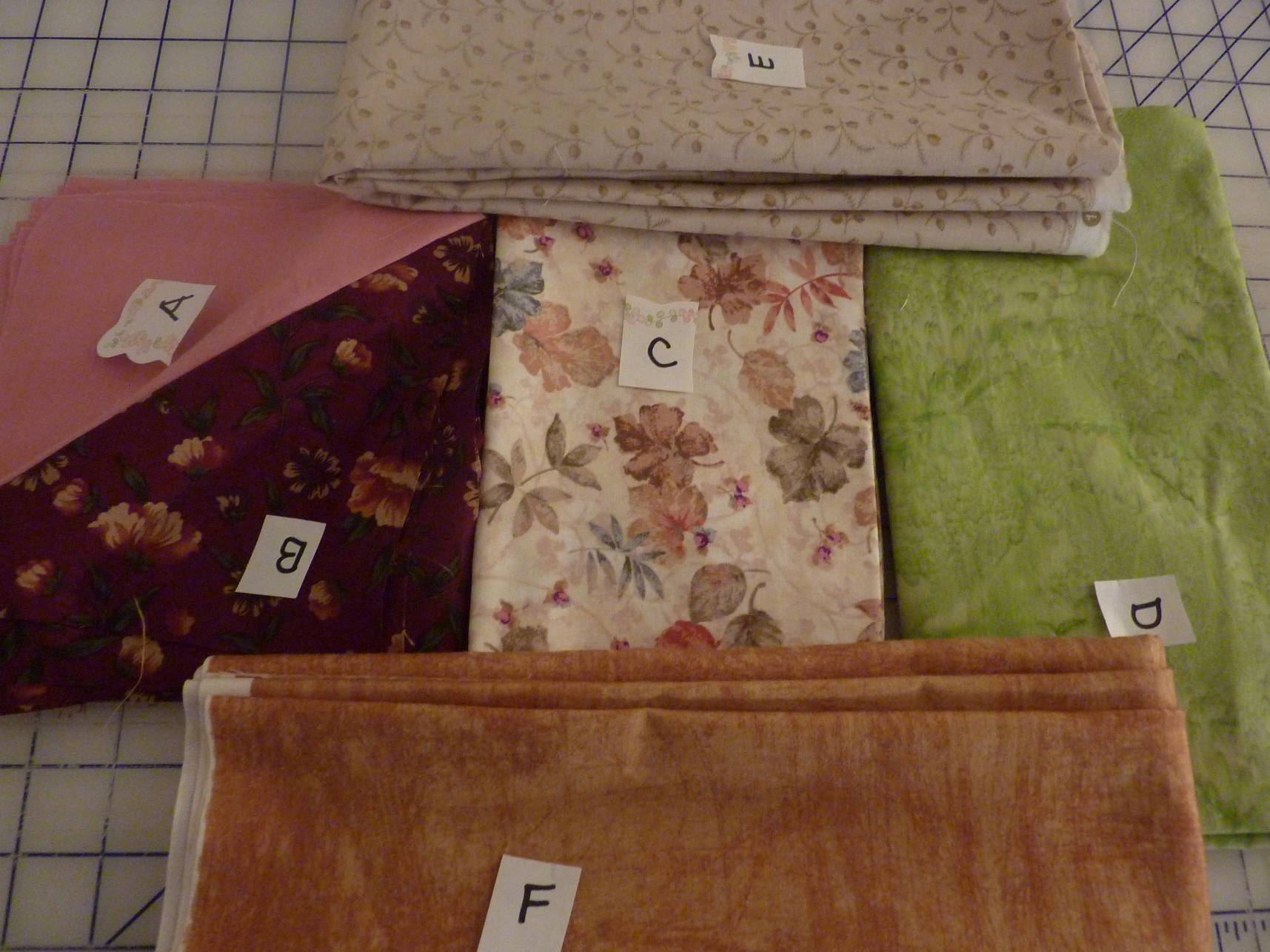 Name:  Mystery quilt Train Ride #3.jpg Views: 313 Size:  1.10 MB