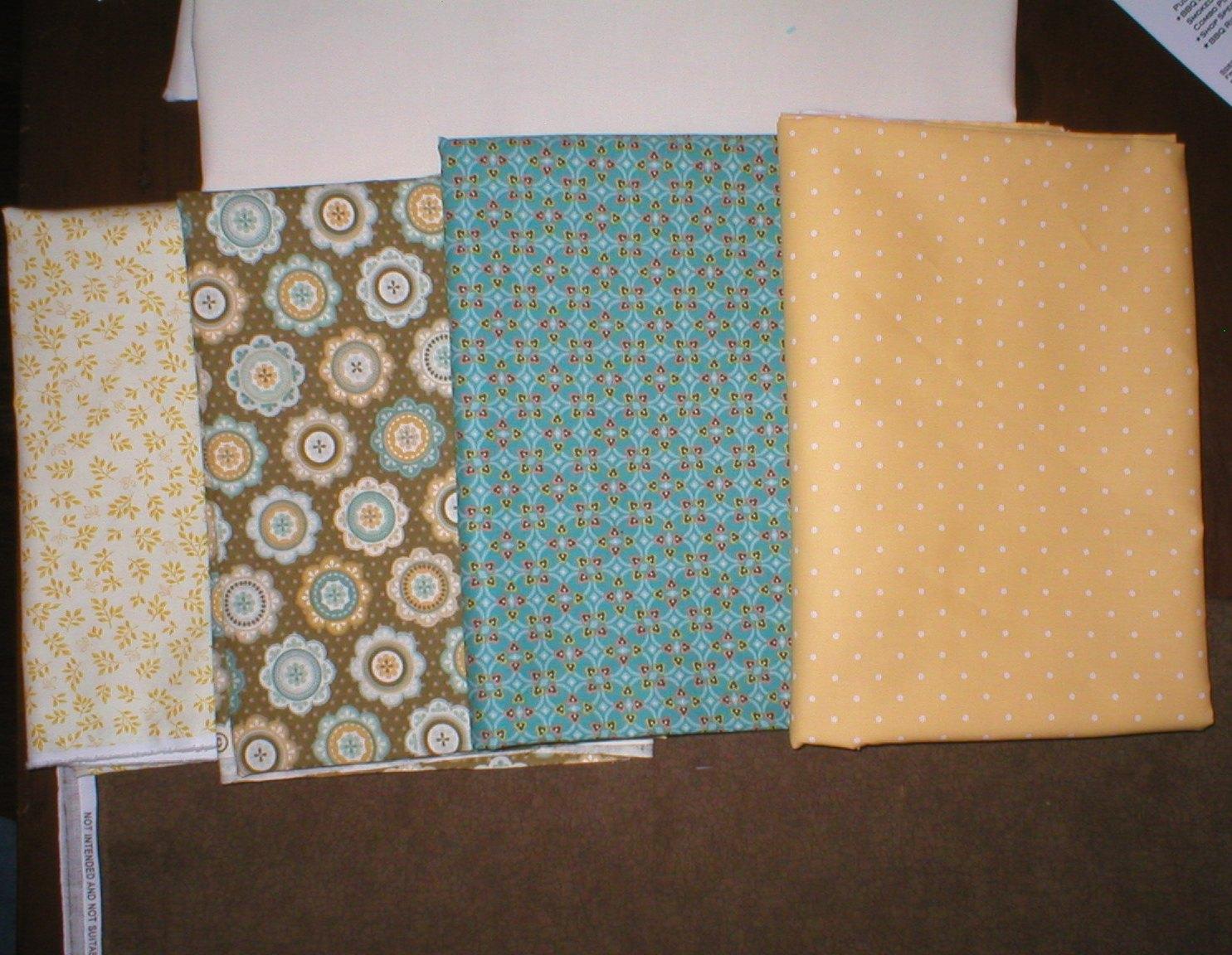 Name:  QB Mystery Fabric3.jpg Views: 380 Size:  314.1 KB