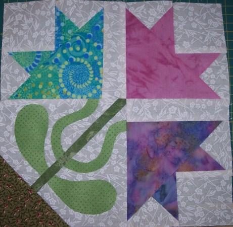 Name:  Block # 9 Diamond Lily (461 x 451).jpg Views: 54 Size:  65.3 KB