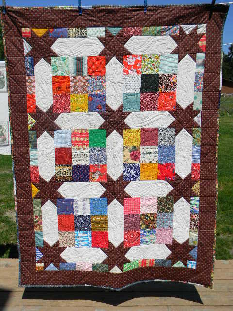 Name:  Mystery Quilt And Landy Yang 001.JPG