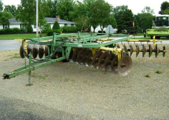 Name:  1900_john_deere_210_disc_13740573.jpg