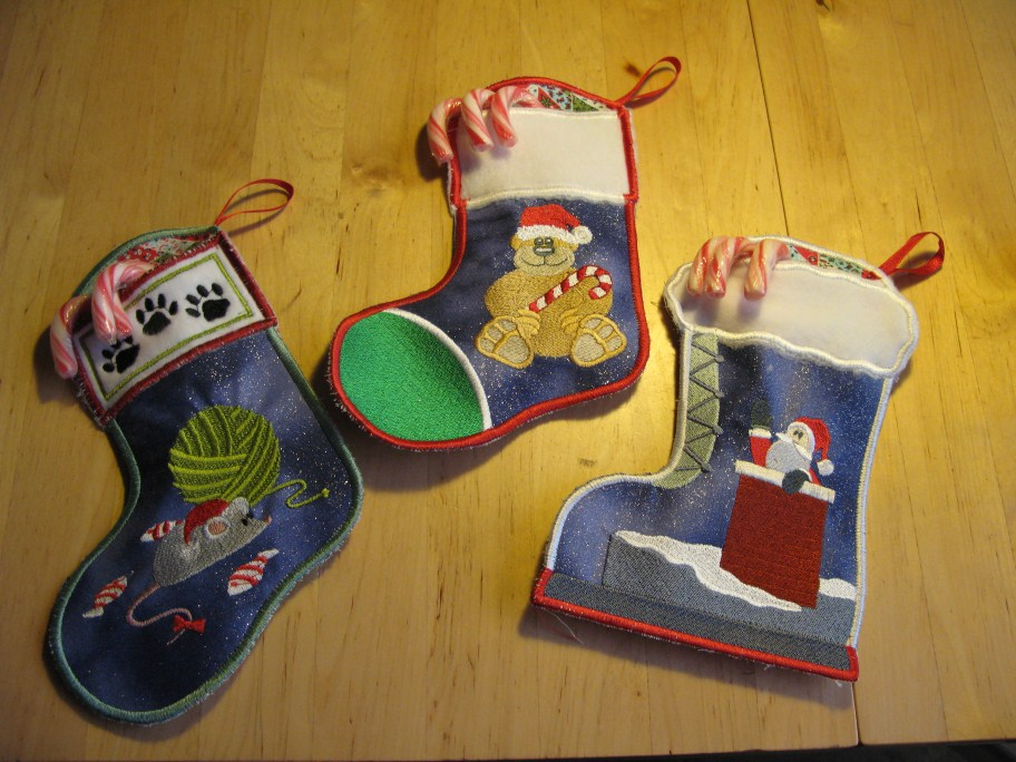 Name:  ChristmasStockings (912 x 684).jpg