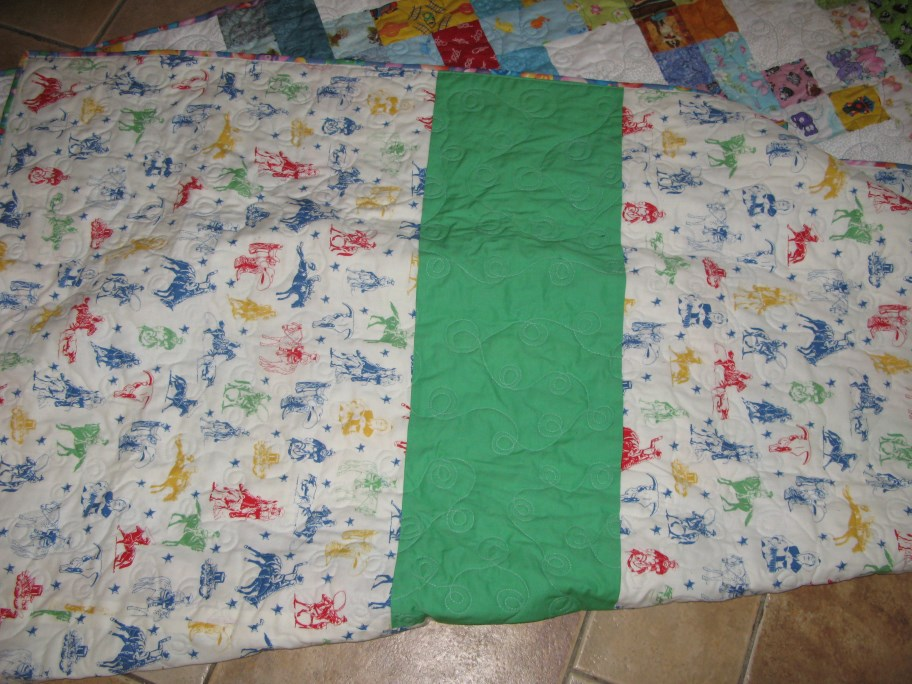 Name:  back quilt Bram (912 x 684).jpg