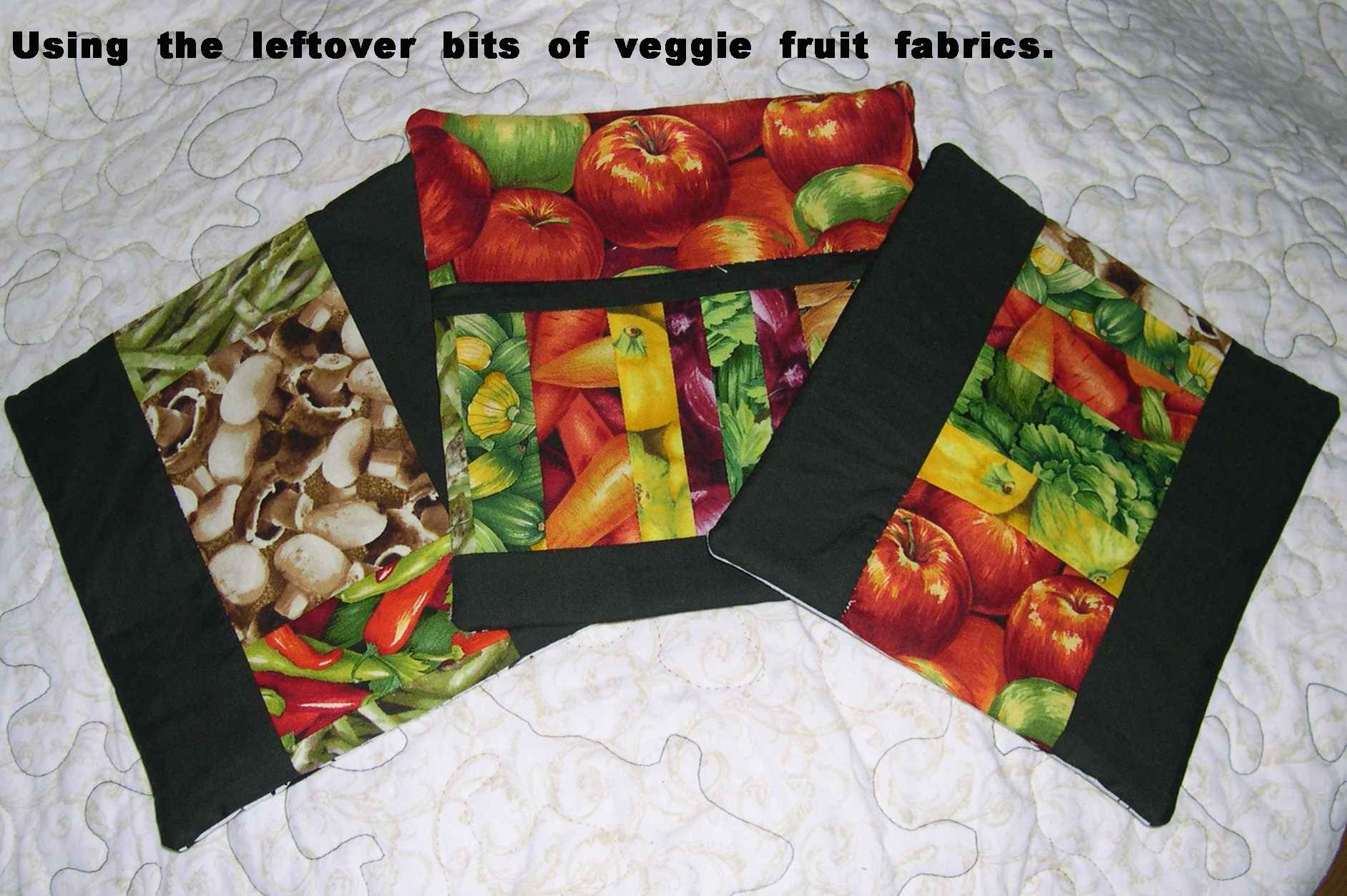Name:  Fruitty potholders2.jpg