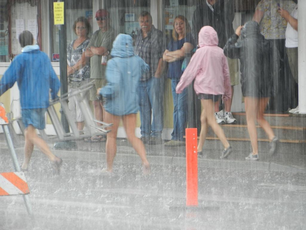 Name:  SISTERS' 052 Volunteers in Rain.JPG Views: 115 Size:  231.2 KB