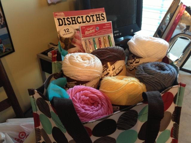 Name:  yarn gift basket 1.jpg Views: 382 Size:  120.3 KB