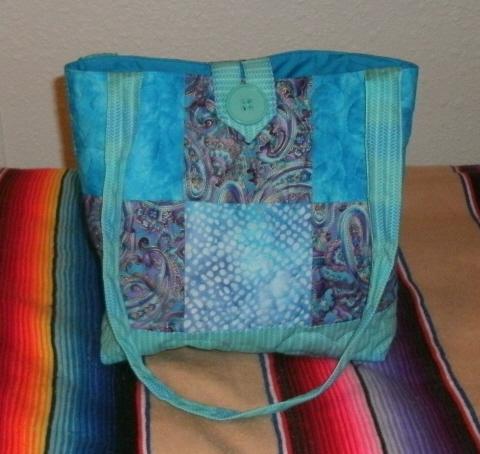 Name:  blue purse.jpg Views: 733 Size:  143.3 KB
