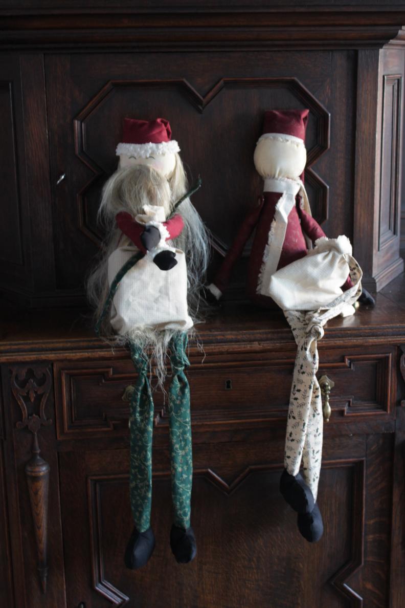 Name:  Santas.JPG Views: 1622 Size:  366.3 KB