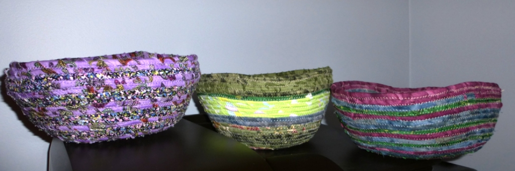 Name:  P1010876  Fabric Bowls  2nd Pic - Nov 2014.JPG Views: 1537 Size:  222.9 KB