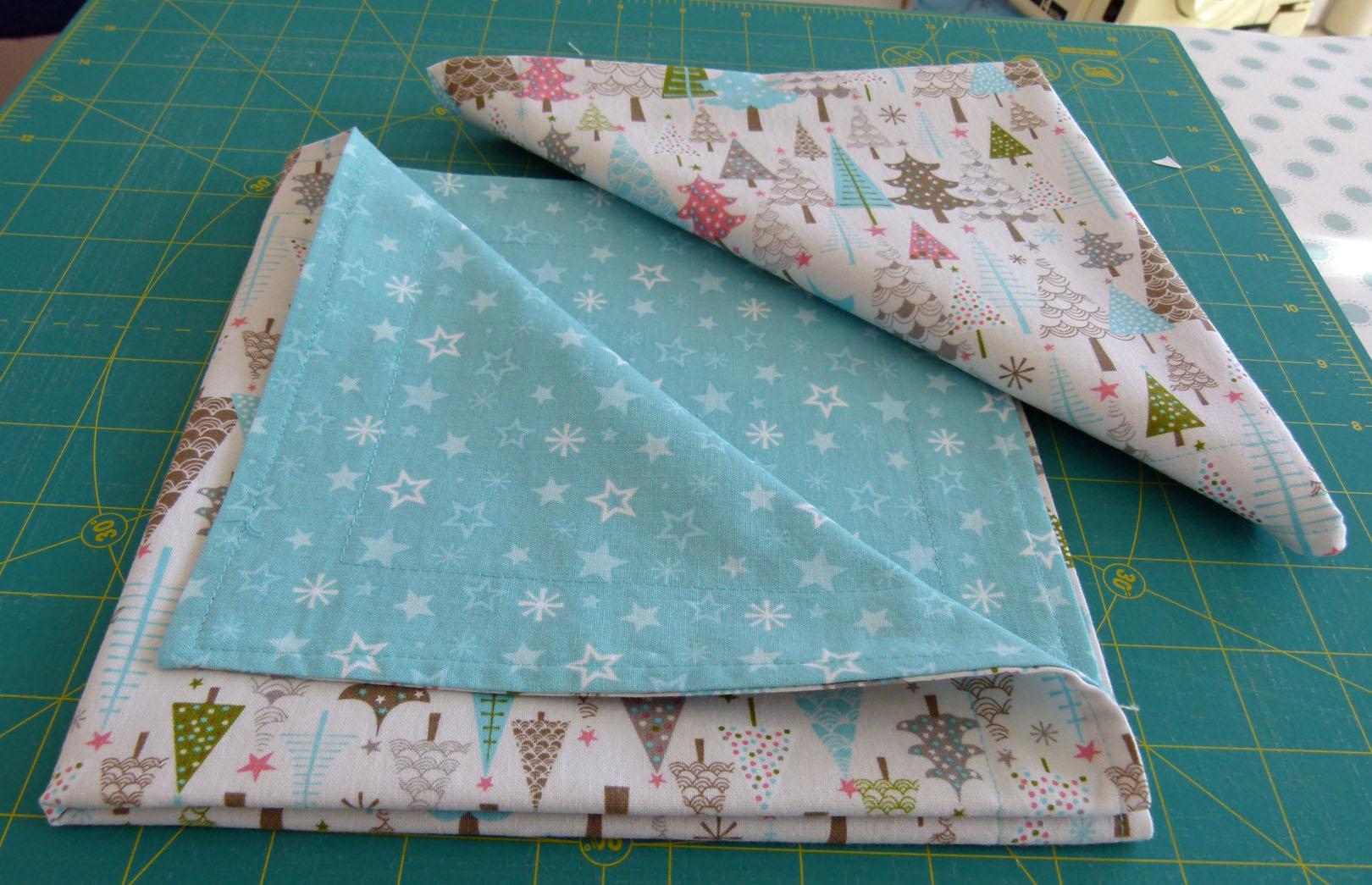 Name:  julie table napkins.jpg Views: 1465 Size:  324.5 KB