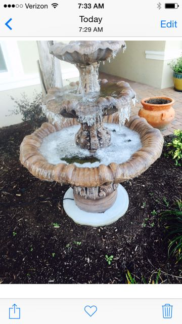 Name:  fountain with ice.jpg Views: 66 Size:  52.4 KB