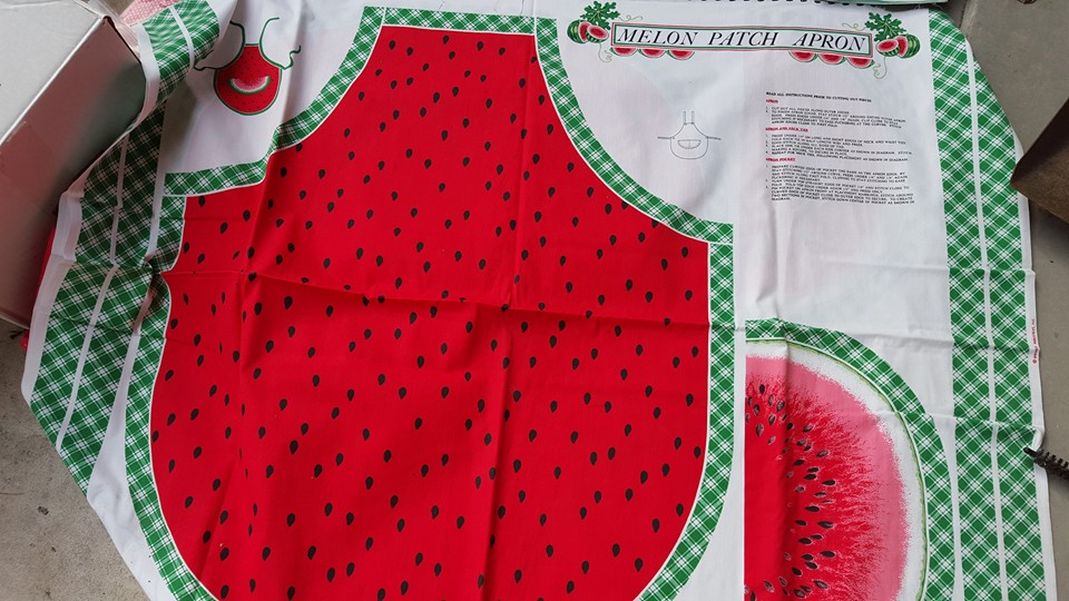 Name:  melonapron.jpg