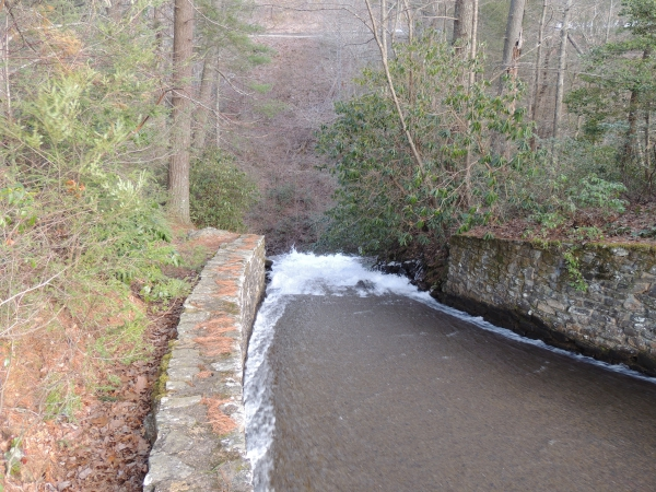 Name:  small-spillway.JPG