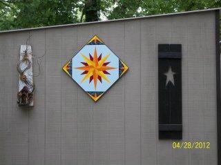 Name:  Gail Link's Mariner's Compass.jpg Views: 24 Size:  15.0 KB