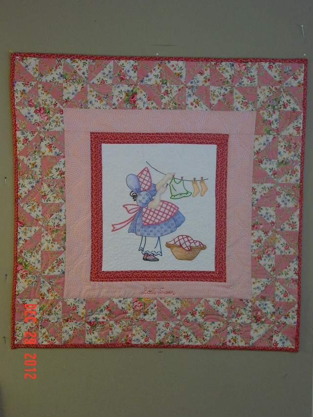 Name:  Little Susan quilt Finish  dec 2012 001.JPG Views: 86 Size:  243.5 KB