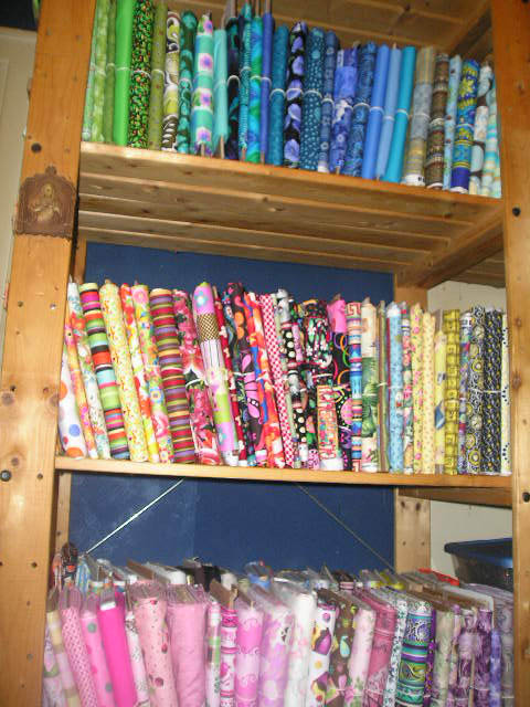 Name:  Fabric shelves 1.jpg Views: 1807 Size:  96.2 KB