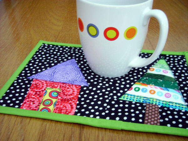 typical size for a mug rug