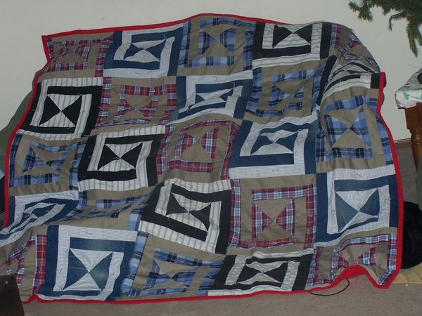 Easy Quilt Patterns For Guys : suggestions for pattern to make simple quilt from men s shirts