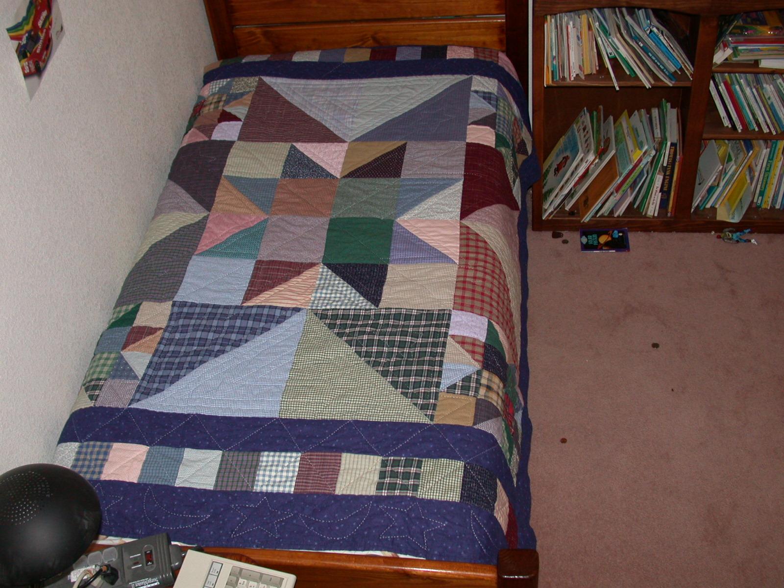 Name:  aRyan & Jason Bedroom Quilt.JPG Views: 366 Size:  627.1 KB