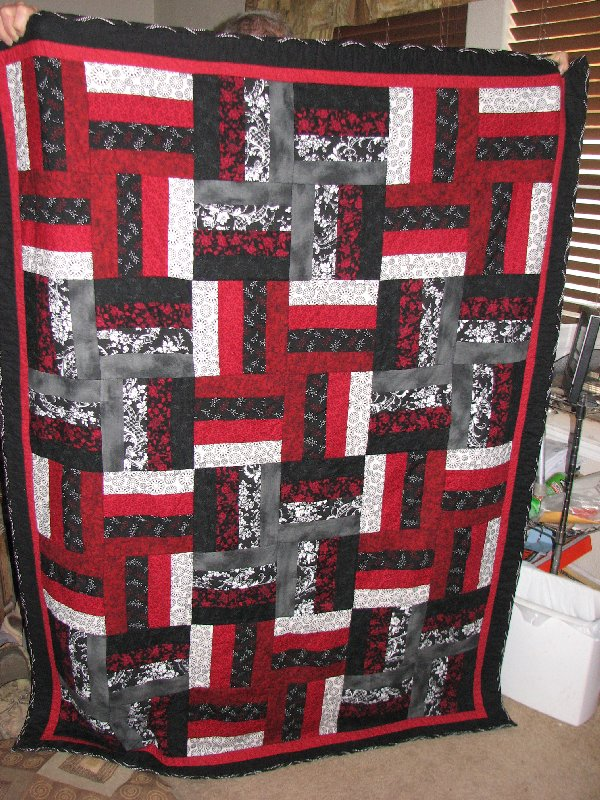 Help I Need A Blackredwhite Twin Quilt Pattern