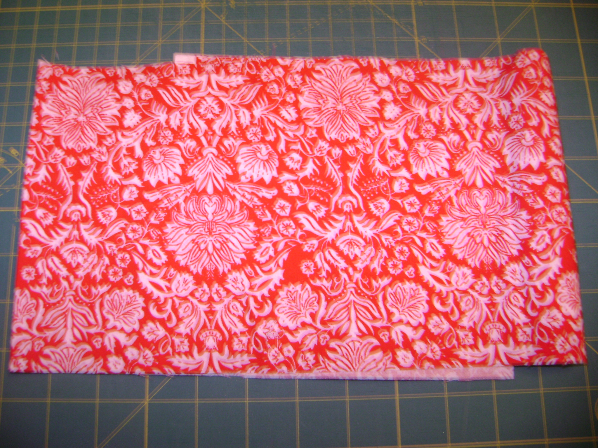Name:  Red&White quilt & fabric sample 007.jpg