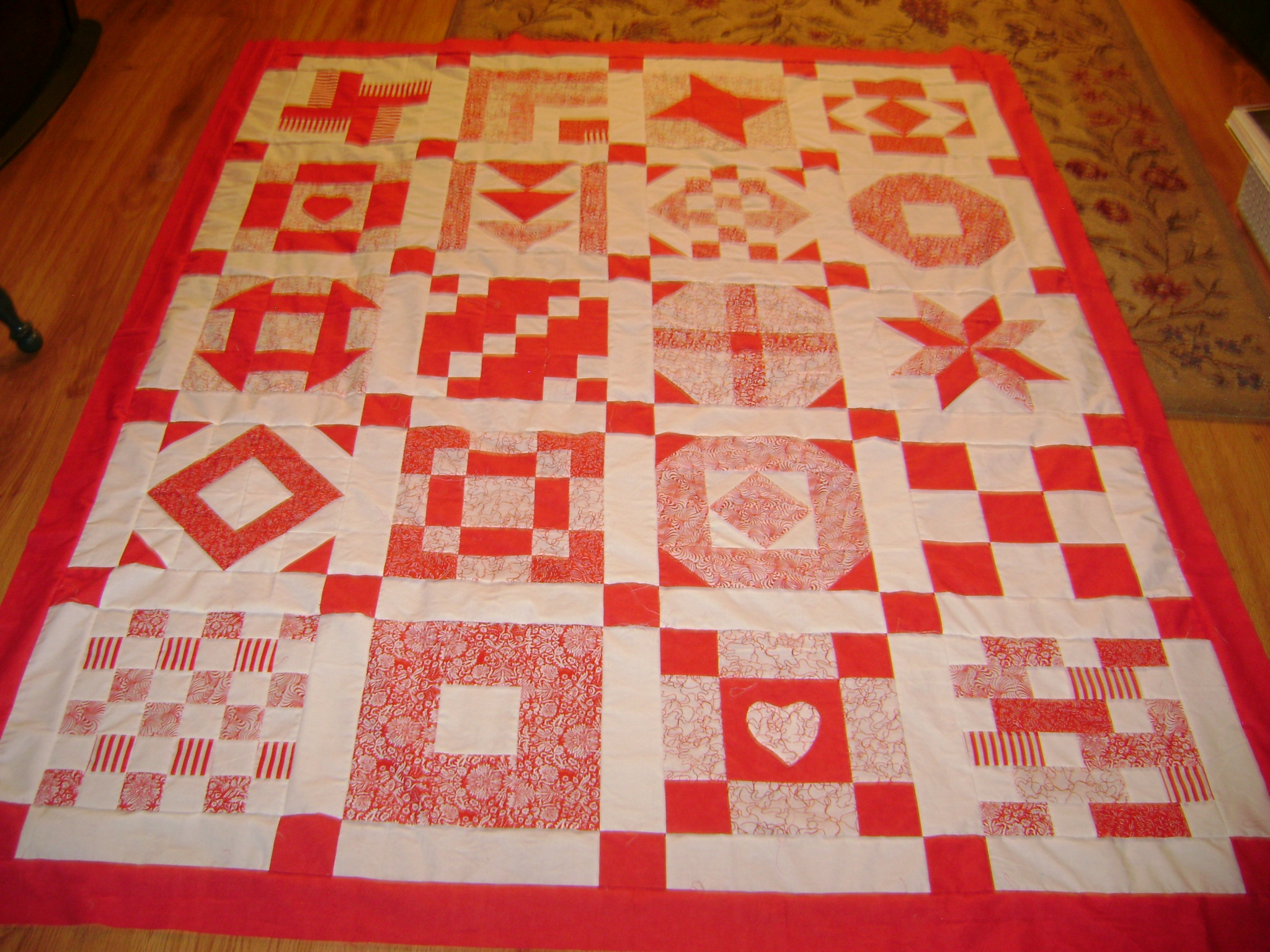 Name:  Red&White quilt & fabric sample 005.jpg
