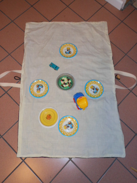 Name:  toy carrier 002.JPG Views: 3137 Size:  142.4 KB