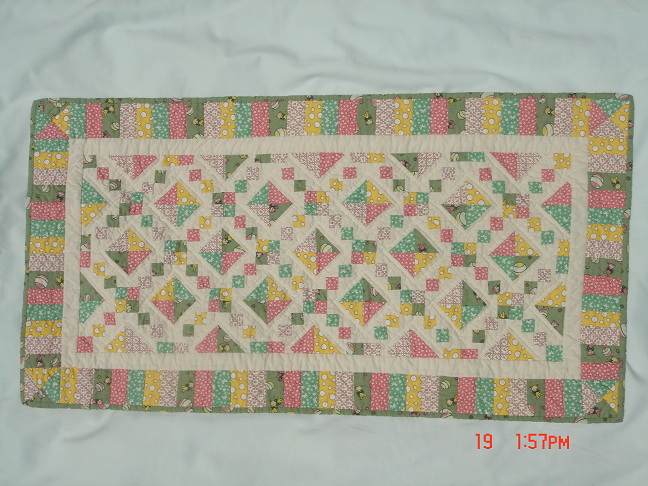 Name:  Acord crib quilt.png