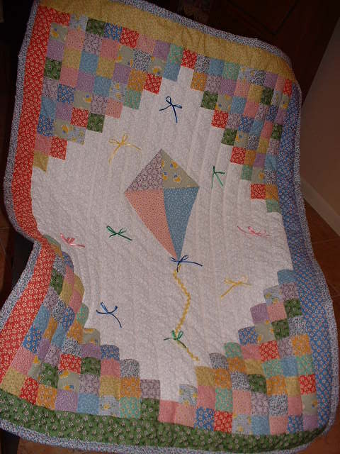 Name:  Kite quilt 002.jpg
