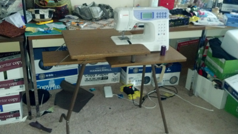 Name:  sewing table.jpg