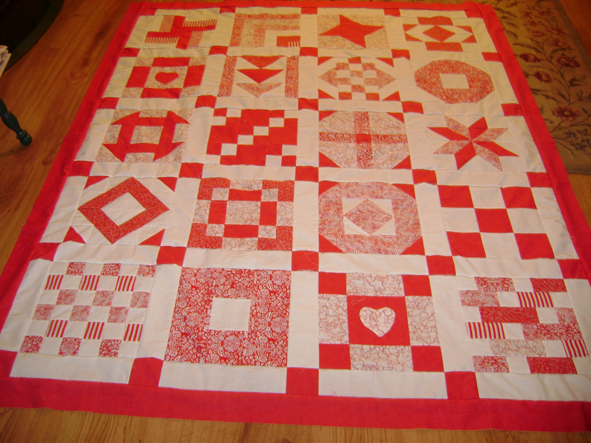 Name:  Red&White quilt & fabric sample 004.jpg