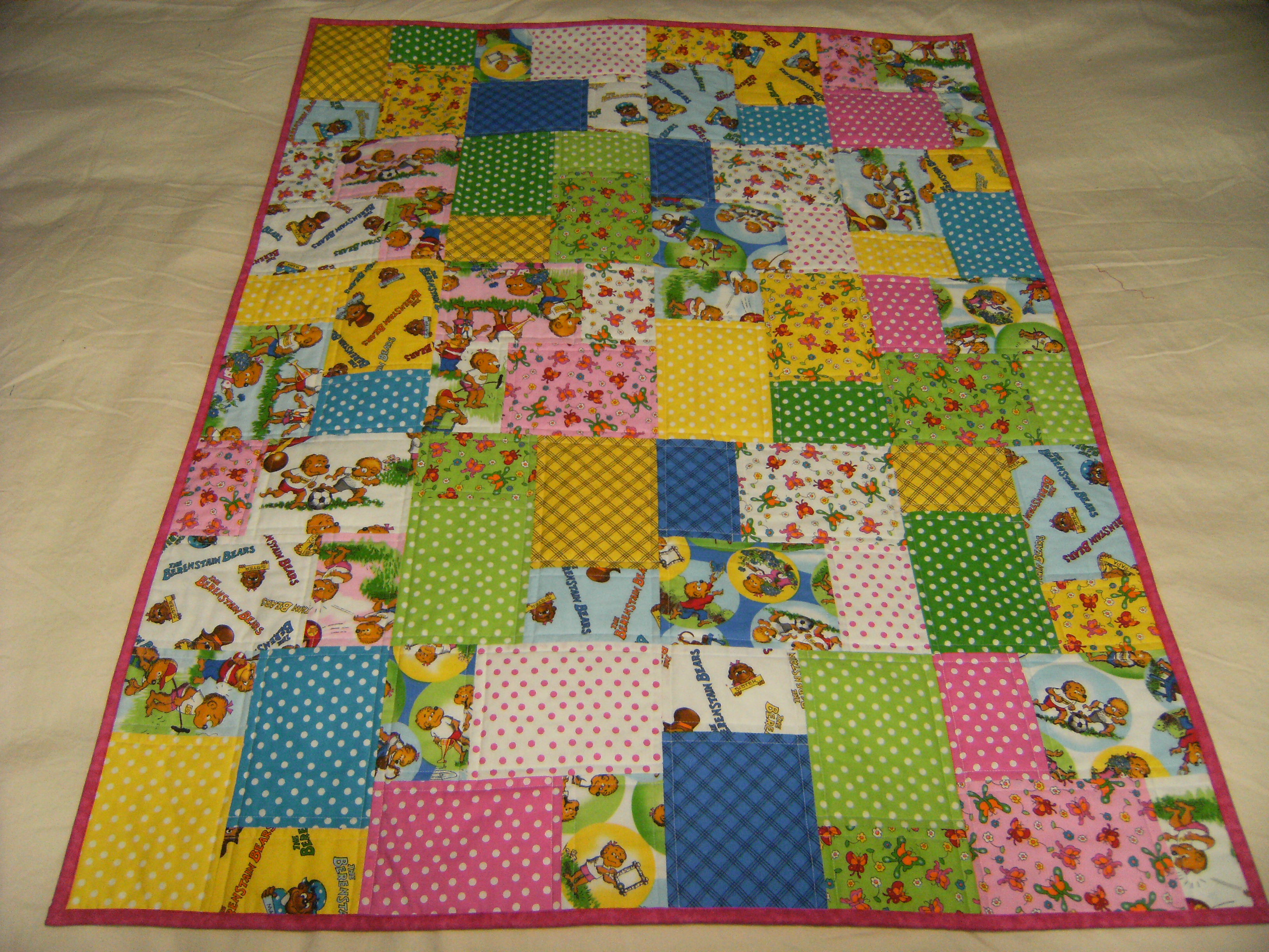 Name:  Emilias reading quilt.JPG