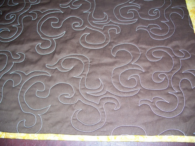 Name:  Joanie's Table Runner Back Closeup.jpg