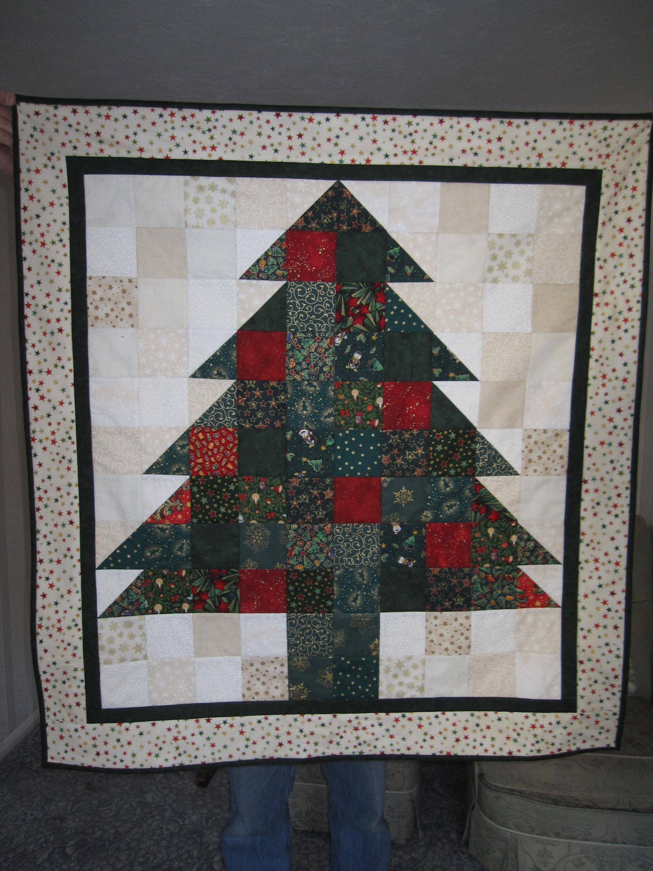 Name:  christmas tree using square and triangle blocks.jpg Views: 459 Size:  1.54 MB