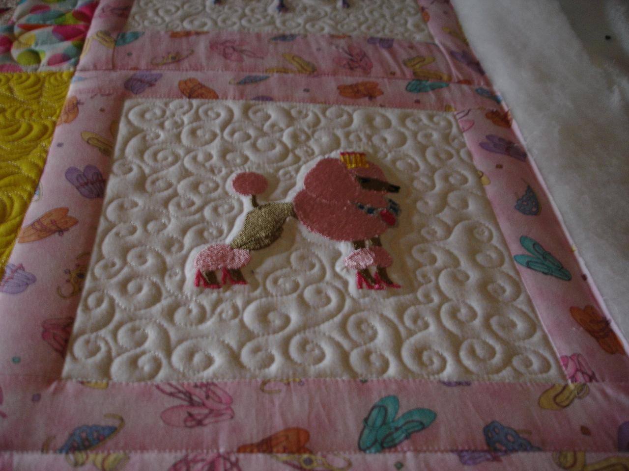 Name:  Izzies quilt poodle princess.JPG Views: 1136 Size:  552.7 KB