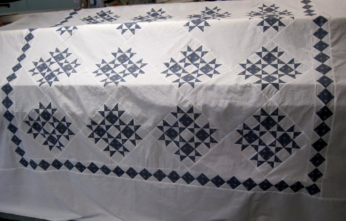 Name:  blue n white quilt top.jpg Views: 1070 Size:  162.6 KB