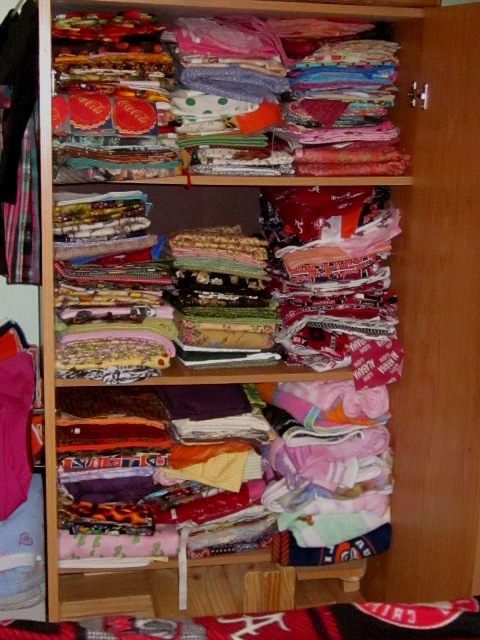 Name:  My fabric  3 09 12.jpg Views: 416 Size:  135.4 KB