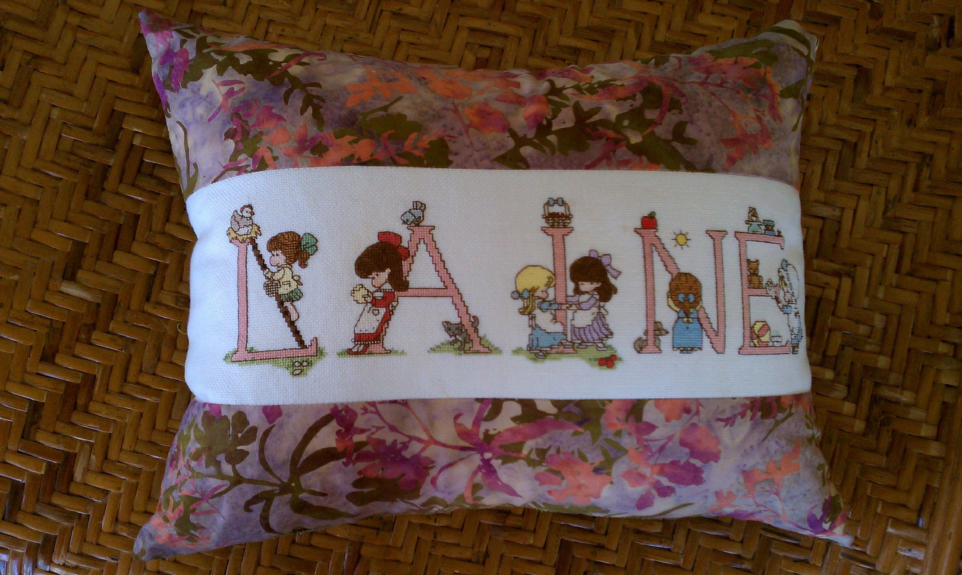 Name:  pillow.jpg Views: 249 Size:  1.45 MB