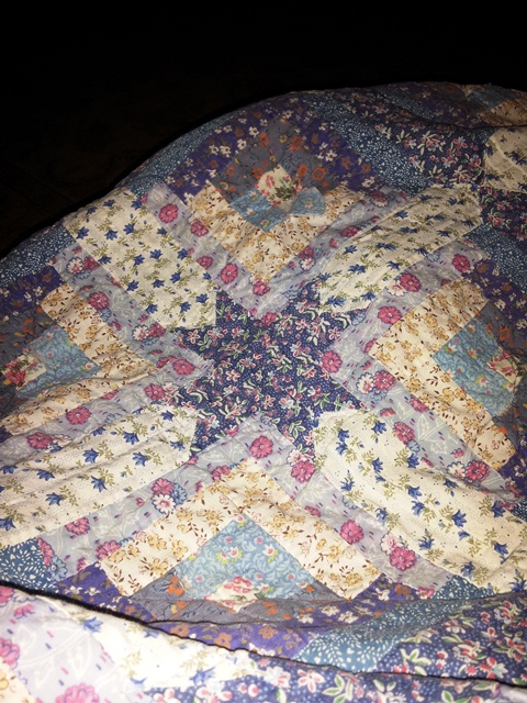 Name:  Old quilt.jpg