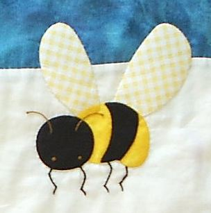 Name:  honeybee.jpg Views: 335 Size:  13.8 KB