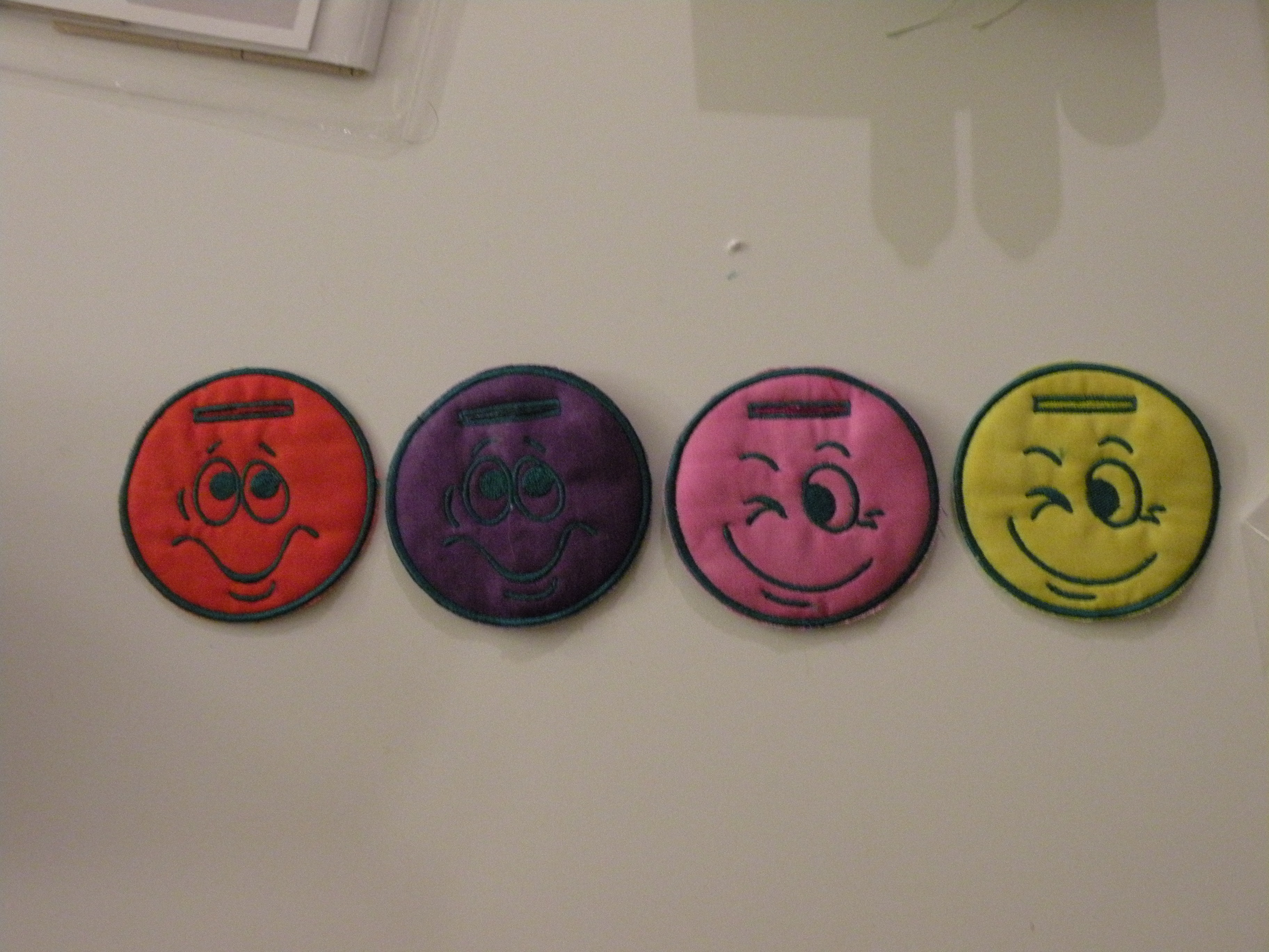 Name:  Luggage Tags Happy Faces.jpg Views: 134 Size:  1.80 MB