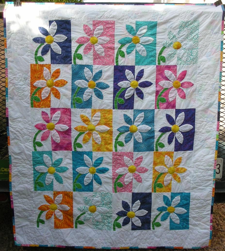 Name:  Malia's quilt 1.jpg Views: 549 Size:  491.3 KB