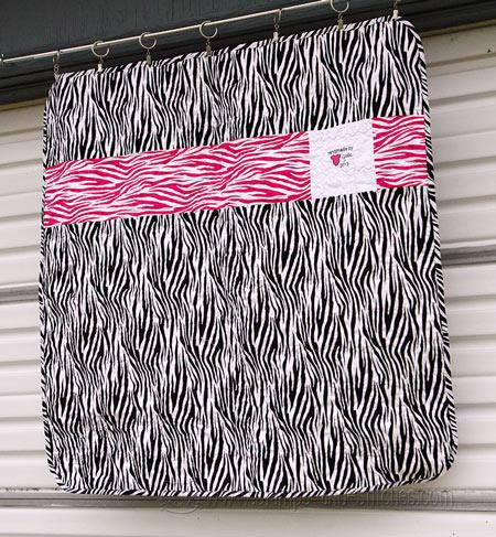 Name:  zebrababybacksm.jpg Views: 350 Size:  94.0 KB
