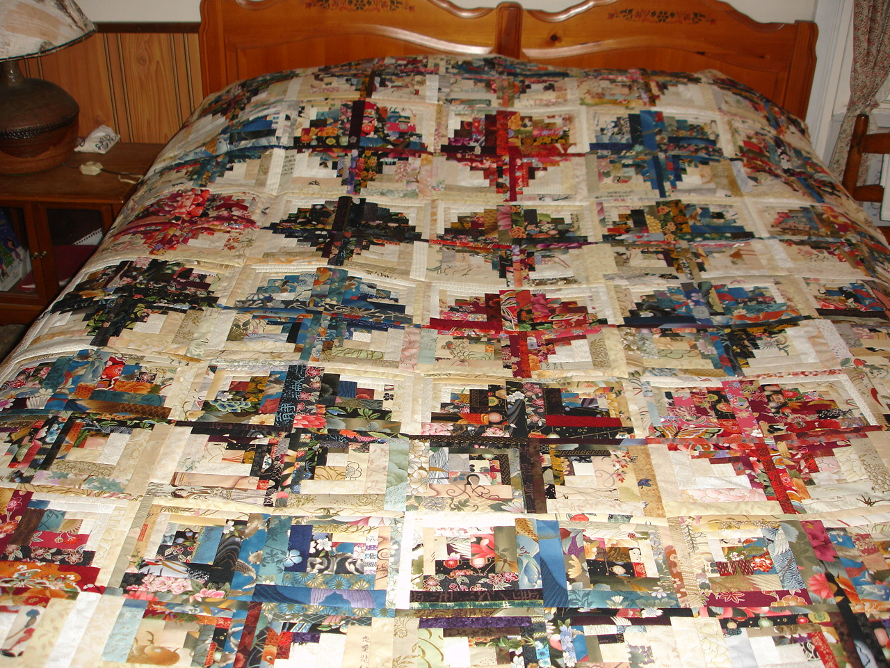 Paper Piecing Quilt Patterns Log Cabin : Paper piecing a Curved Log Cabin