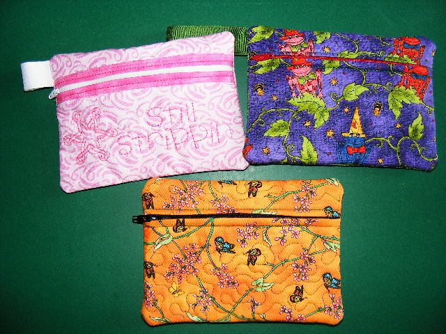 Name:  in the hoop 5 x 7 zipper bags.JPG