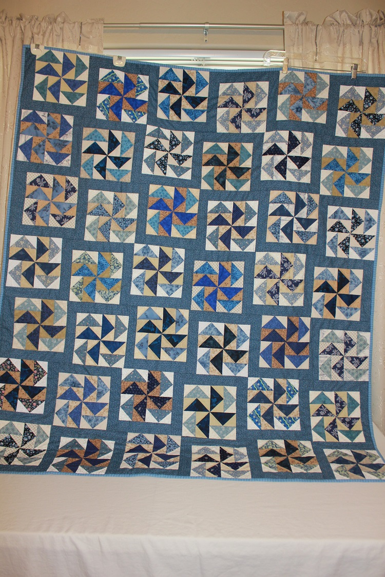 Name:  mom blue quilt.jpg Views: 251 Size:  454.4 KB