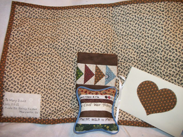 Name:  sew mini from sasquilter2.jpg Views: 183 Size:  152.8 KB